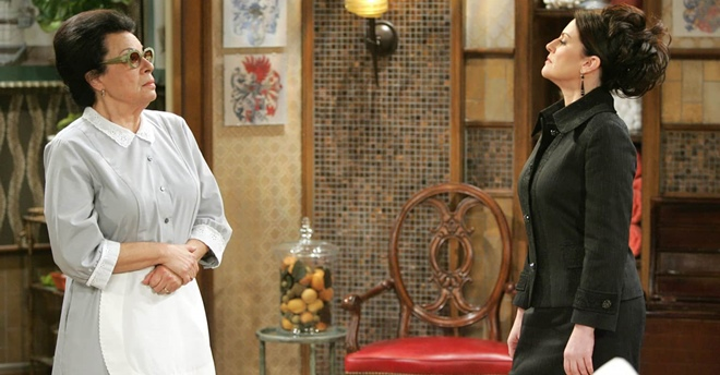 """Addio a Shelley Morrison, la storica Rosario della serie tv """"Will e Grace"""""""